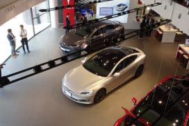 Tesla Opens Direct Sales Dealership in Nagoya