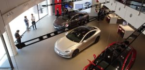 Tesla Opens Direct Sales Dealership in Nagoya