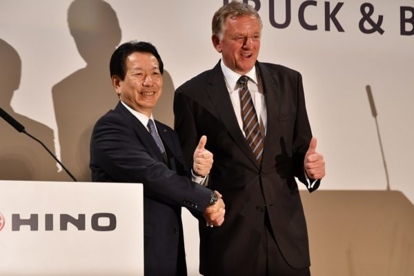 Hino, Volkswagen Discuss Comprehensive Partnership for Commercial Vehicles